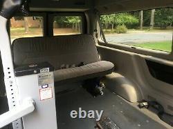 1999 Ford E-150 Club Wagon E-150