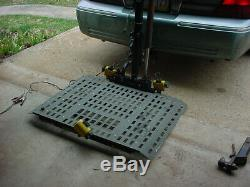 Bruno Power Chair or Scoooter vehicle lift. Hitch mount