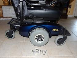 Invacare Pronto M61 electric wheel chair. Mobility, lift chair, power chair