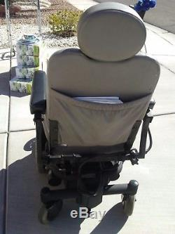 Jazzy 1121 power chair and car lift INCLUDED! Pick up only. Cash or Paypal ok