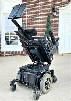 Power Chair Quantum 600 55 amp batteries tilt, feet lift this chair runs superb