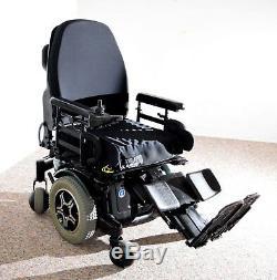 Power Chair Quantum 600 new 55 amp batteries this chair runs superb feet lift